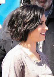 demi lovato u0027s haircut is crazy cute take a look from every angle