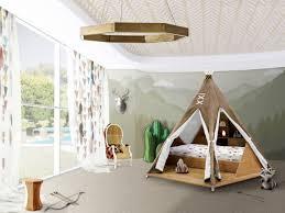 cabane de chambre lits cabanes 10 modèles pour une chambre d enfant cocon