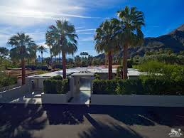 Celebrity Homes For Sale by Old Las Palmas Palm Springs Neighborhood Homes For Sale Palm