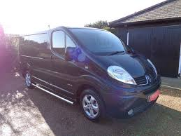 renault minivan used black renault trafic for sale kent