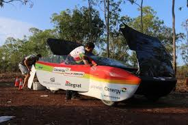 Challenge News Au World Solar Challenge A Day On The Road Racing High Tech Vehicles