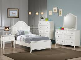 White Bedroom Dressers With Mirrors Kids Bedroom Sets Dominique Youth White 5 Pc Bedroom Set Bed