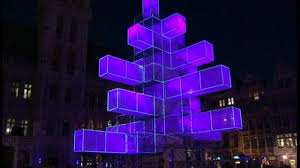 electronic tree in brussels neatorama