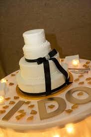 wedding cake table ideas 16 best wedding cake table images on wedding cake