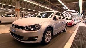 volkswagen puebla vw golf mk 7 production wolfsburg plant 2013 youtube
