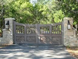 Best 25 Stone Columns Ideas by Best 25 Entry Gates Ideas On Pinterest Front Gates Modern
