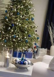 blue tree decorating ideas adding cool elegance to