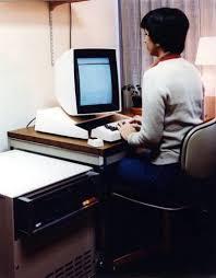 Computer Technician Desk Computers Timeline Of Computer History Computer History Museum