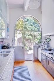 Cuisine Provencale Blanche by Une Maison Blanche Au Coeur De La Provence Planete Deco A Homes