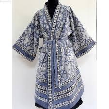 kimono robe de chambre kimono robe de chambre homme ou femme blanc et bleu gris à dessins