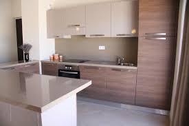 cuisine appartement idee cuisine americaine appartement maison design bahbe com