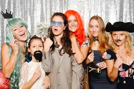 photo booth photo booths extraordinary entertainment