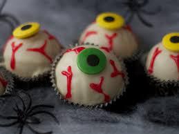 Halloween Eyeball Cake Pops