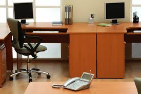 Things To Keep On Office Desk How To Keep Your Office Tidy Office Cleaning Companies