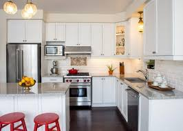 how do you reface kitchen cabinets yourself tips to reface your cabinets reface cabinets diy refacing