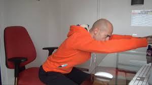 se muscler au bureau 5 exercices pour se muscler au bureau