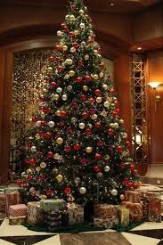 tree decorations and gold designcorner