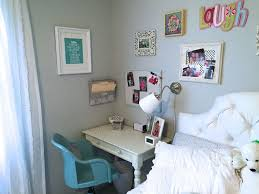 Things To Put On A Desk Best 25 Small Desk Space Ideas On Pinterest Desk Inspiration
