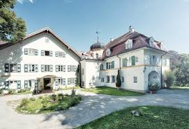 La Villa Bad Aibling Biohotel Am Starnberger See Schlossgut Oberambach