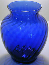 Swirl Glass Vase Best 25 Blue Glass Vase Ideas On Pinterest Aqua Glass Blue