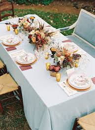 floral arrangements for thanksgiving table 30 fabulous fall wedding tablescapes to inspire your thanksgiving