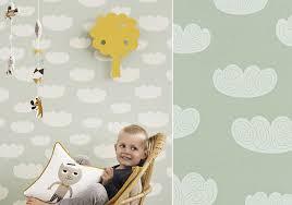 tapisserie chambre bébé garçon papiers peints célestes pour une chambre d enfant au fil des