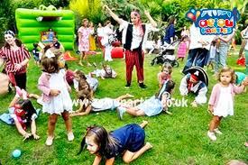 clowns for birthday in manchester aeiou kids club manchester aeiou children party aeiou kids club london