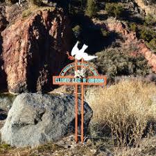 memorial crosses for roadside descansos roadside memorials in new mexico exploring new mexico