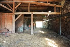 Barn Partnership A 120 Year Old Barn Makeover With The Frame Tv Emily Henderson