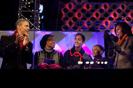 the obama family starts new tradition at national tree lighting