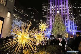 christmas tree lighting ceremony kicks off in rockefeller center