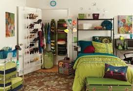 Shelves Over Bed Great Dorm Idea For This Semester The Shelves Above The Bed