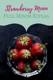 Strawberry Moon Best 25 Full Strawberry Moon Ideas On Pinterest Pink Moon Pink