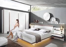 Schlafzimmer Quadra Schlafzimmer Mondo Catun In Wei Holz Von Mondo Und Schlafzimmer G