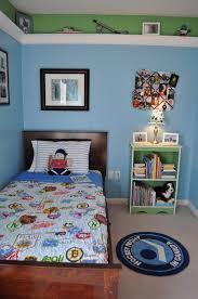 Hockey Bedroom Decor - Boys hockey bedroom ideas