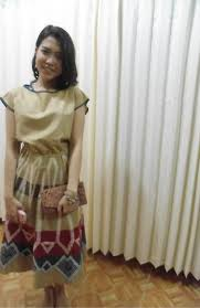 wedding dress batik syuri khodijah nurjanah batik clutch gede bage bandung pattern