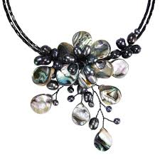 black flower necklace images Handmade memory wire black shell and freshwater pearl flower jpg