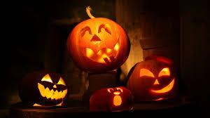 halloween pumpkin carving 6988943