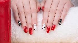 aquarelle facile magazine nail art facile on apprend le stamping ongles beauté bien être