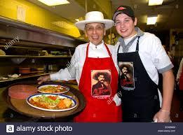 mi tierra restaurante con historia mariachi band restaurant stock photos mariachi band restaurant