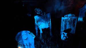 Homemade Animatronic Halloween Props by Diy Halloween Houses E2 80 94 Crafthubs Haunted House Ideas E2 80
