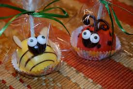 fun favors lady bug and bumble bee cake pops eyeballs by day yay i