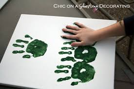 chic on a shoestring decorating kid craft hand print christmas