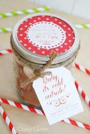 hot chocolate gift ideas peppermint hot cocoa in a jar free printables clutter