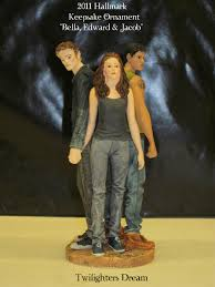 twilighters exclusive look at hallmark eclipse ornament