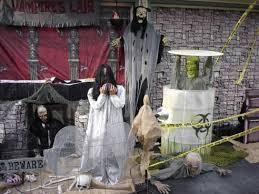 prop showcase halloween scenes