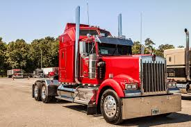 kenworth accessories store from the 2012 75 chrome shop truck show overdrive pride and