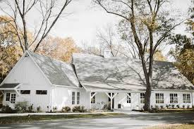 wedding venues tulsa spain ranch tulsa s white barn venue