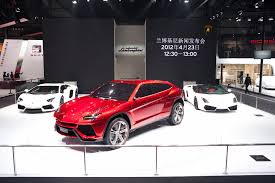 lamborghini urus lamborghini u0027s urus suv will be a major game changer for the