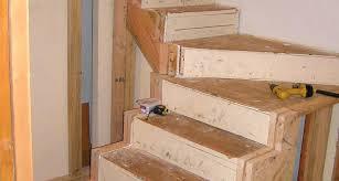 ringhiera fai da te costruire scala in legno ringhiere in legno per scale interne fai